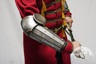 sca-armor-bracers-with-elbow-etching-arm-armour-1